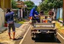 Warga RW 11 Kelurahan Tulusrejo Lakukan Penyemprotan Disinfektan Mandiri