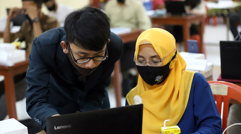 Pelatihan Pengelolaan Arsip Digital Wujud Kepedulian  Akademisi dalam Peningkatan Kualitas KIM