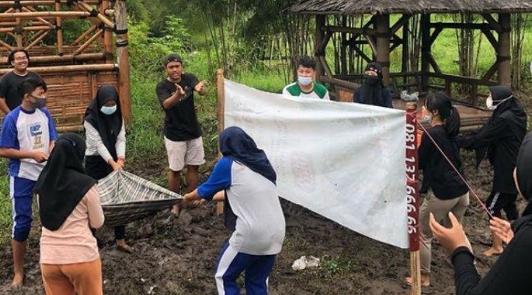 Kegiatan Outing FGD dan Outbond Karang Taruna Serta Taman Baca Sekar Arum Tunjungsekar